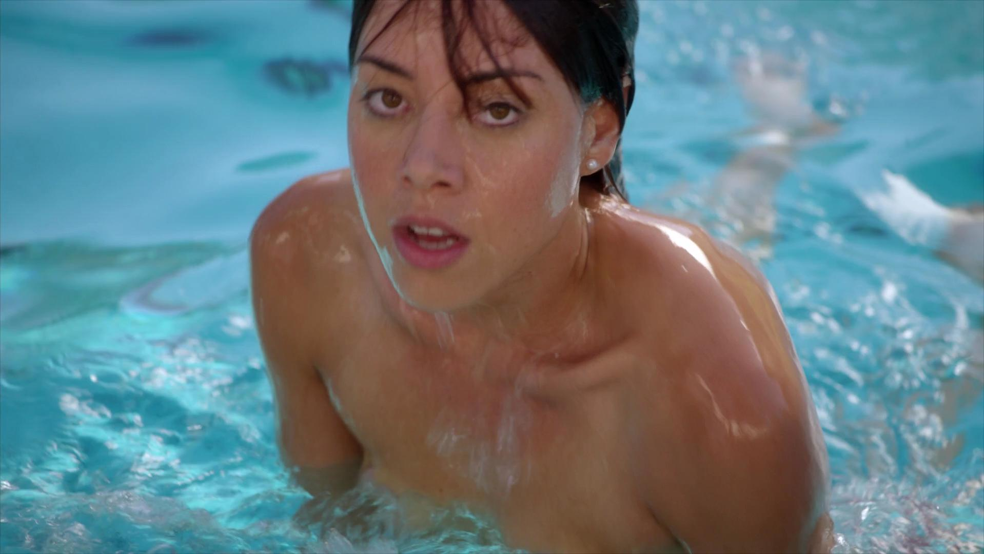 Aubrey Plaza sexy - The To Do List (2013)