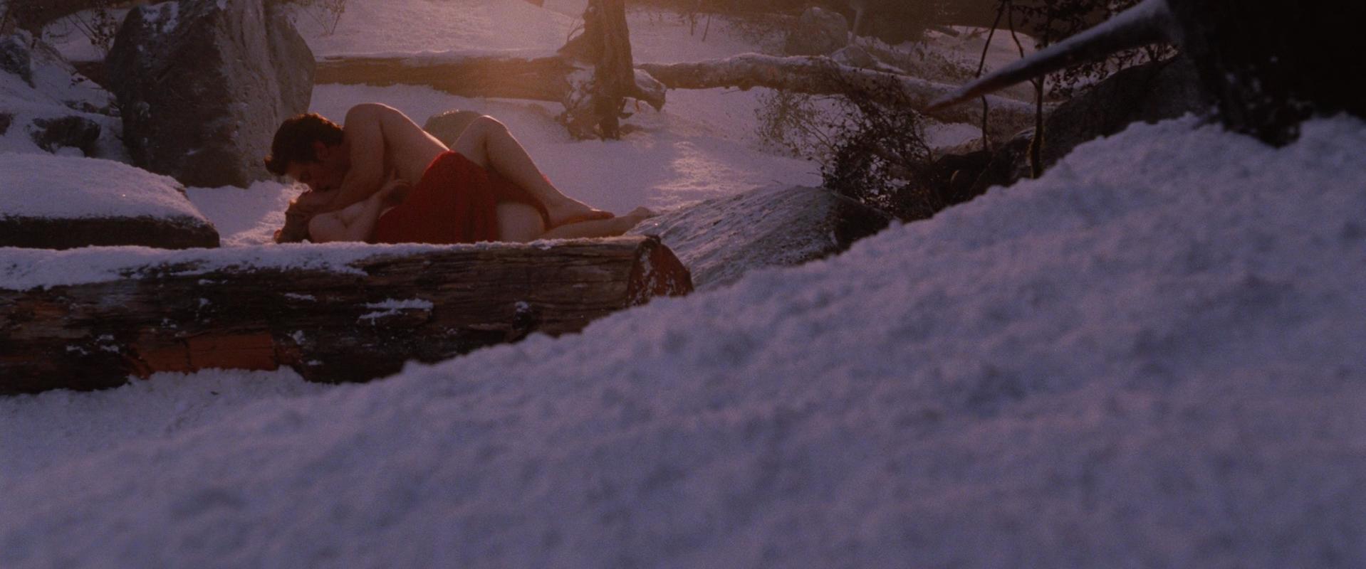 Amanda Seyfried sexy - Red Riding Hood (2011)