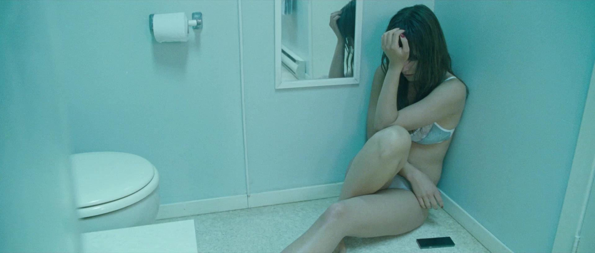 Olivia Wilde nude - Deadfall (2012)
