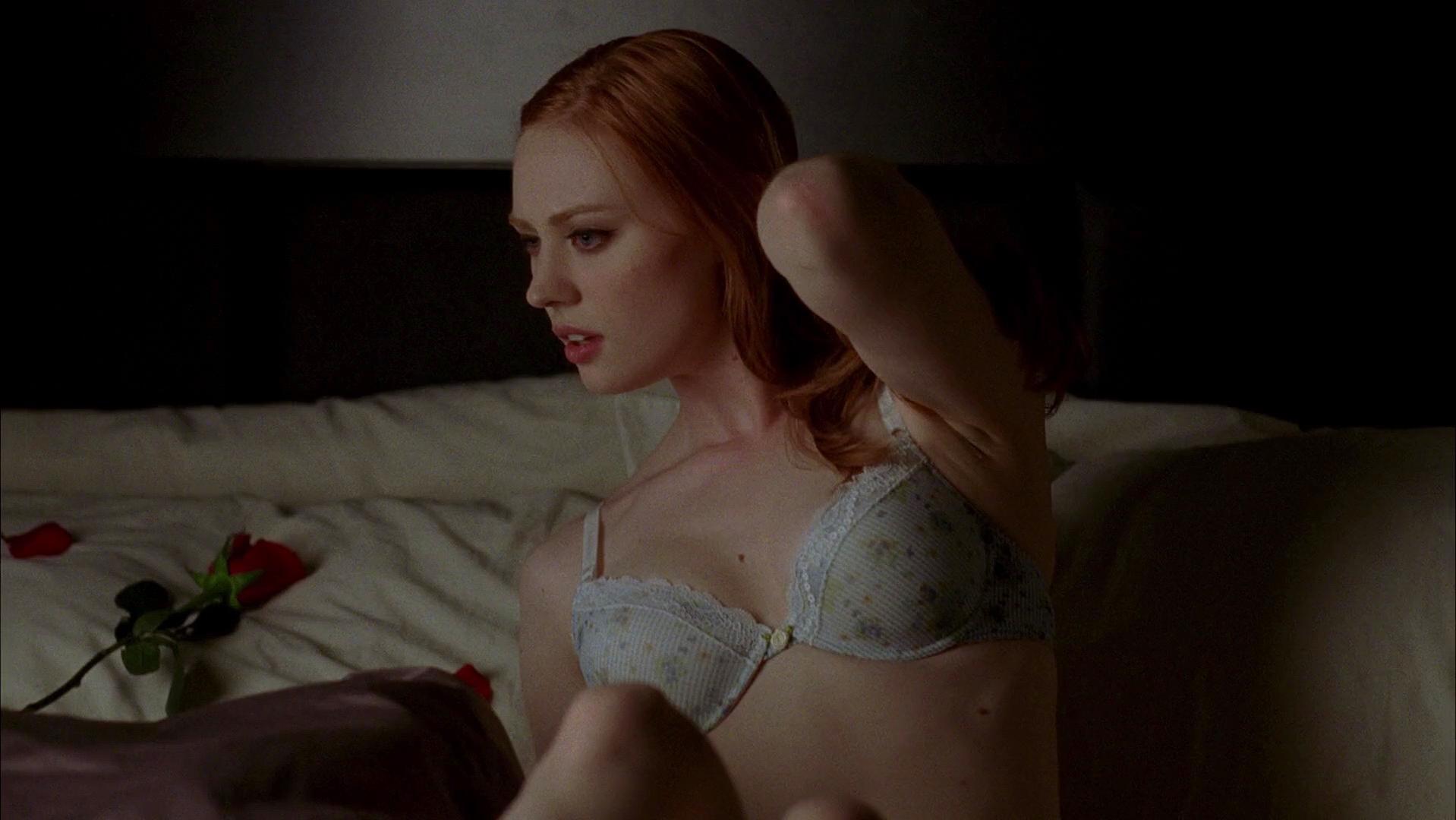 Deborah Ann Woll sexy - True Blood s02 (2009)