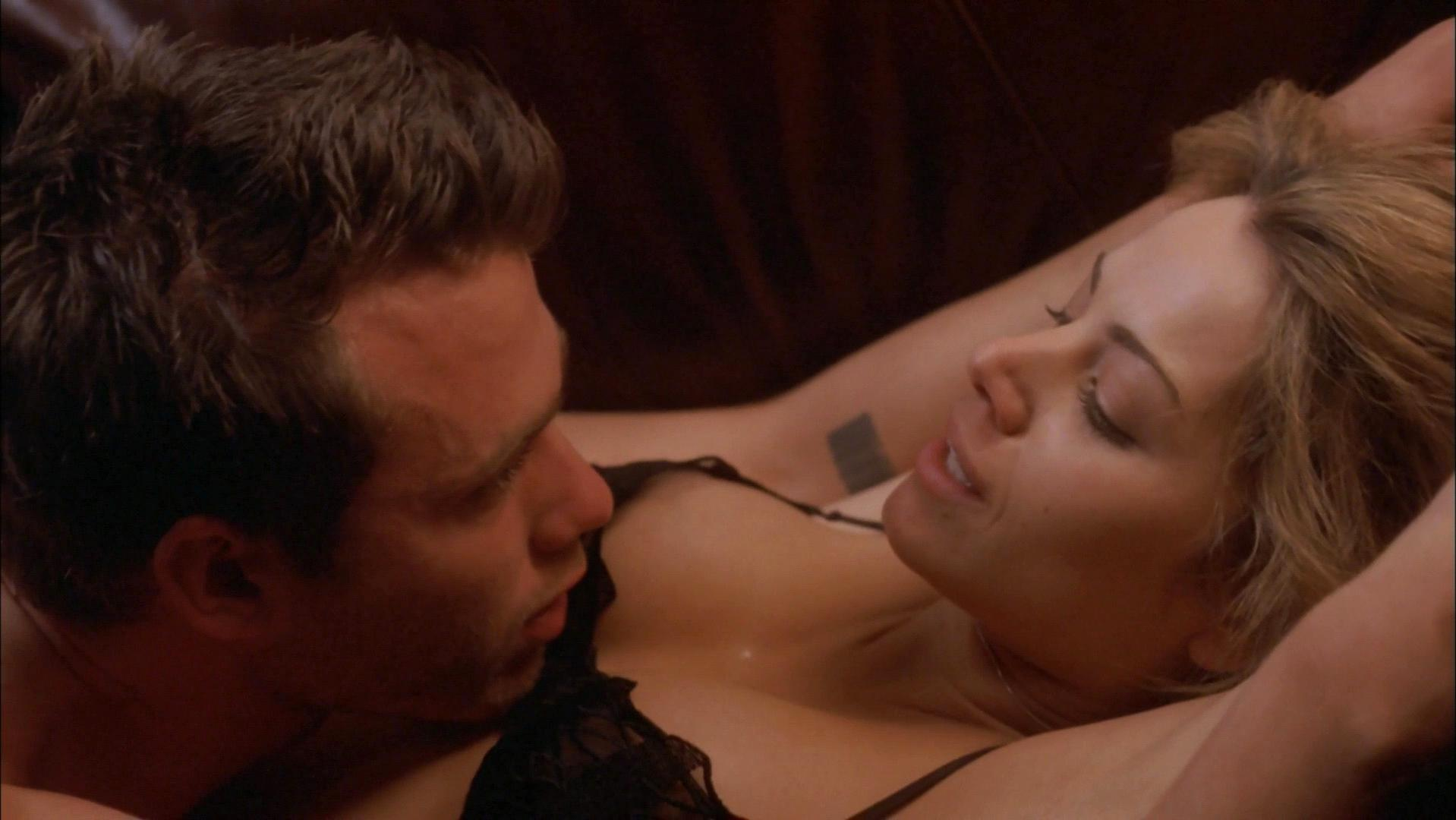 Erica Durance sexy - The Butterfly Effect 2 (2006)