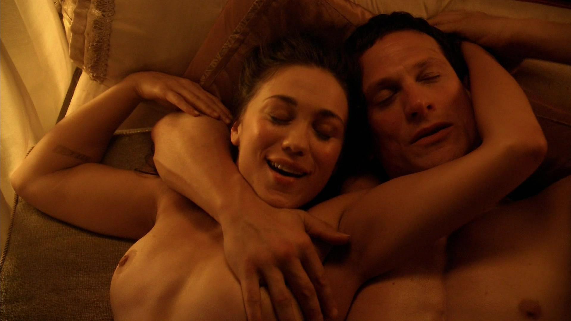 Jenna Lind nude - Spartacus s03e04 (2013)