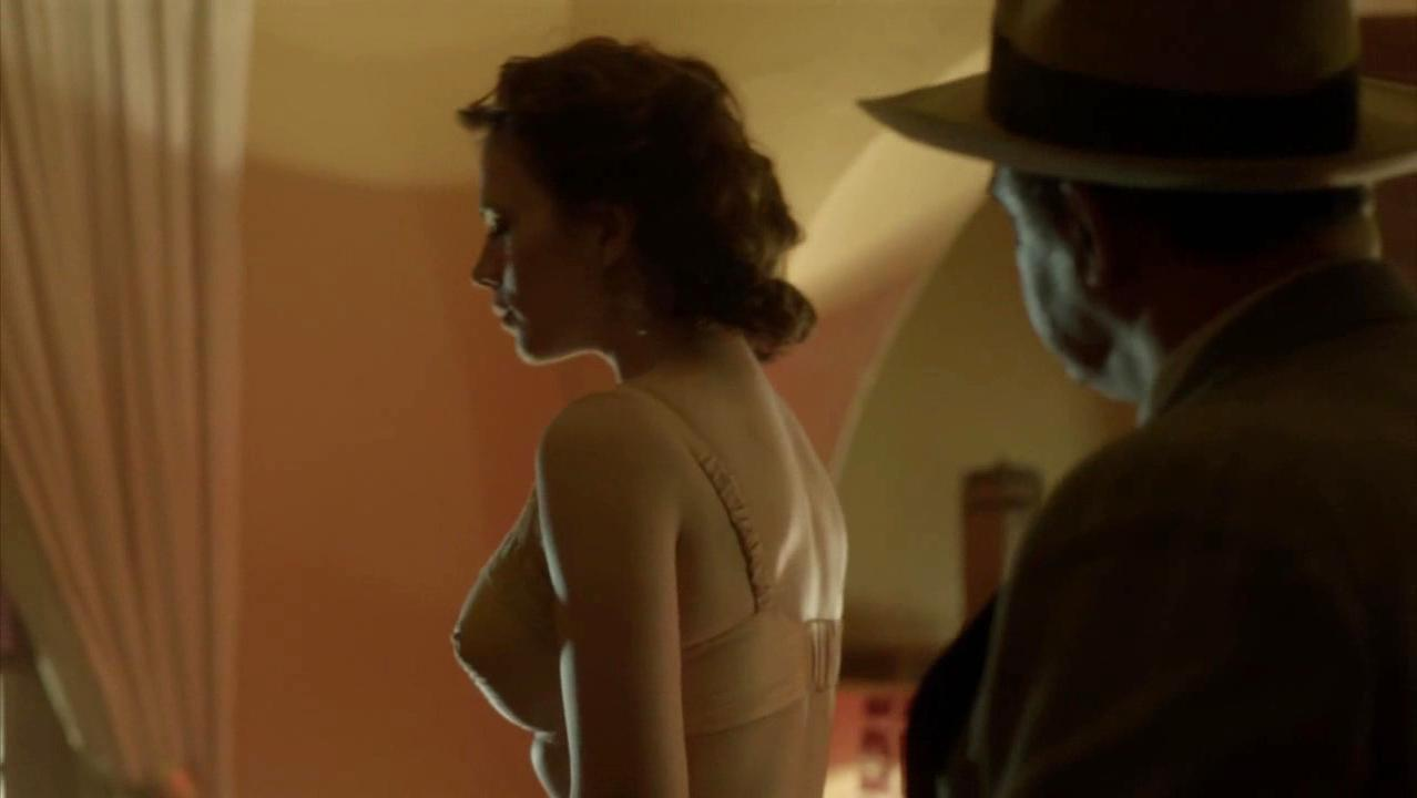 Hayley Atwell sexy - Restless (2012)
