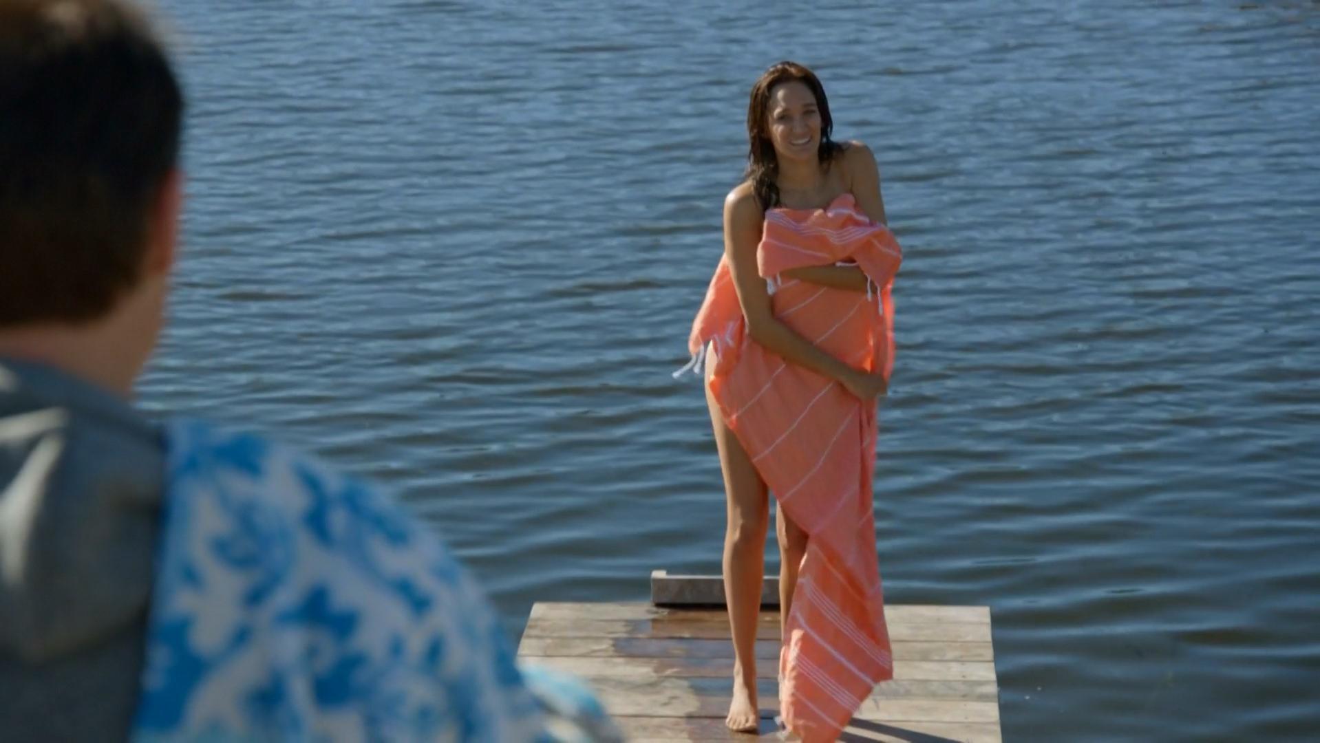 Nicole da Silva nude - Doctor Doctor s01e01-02 (2016)