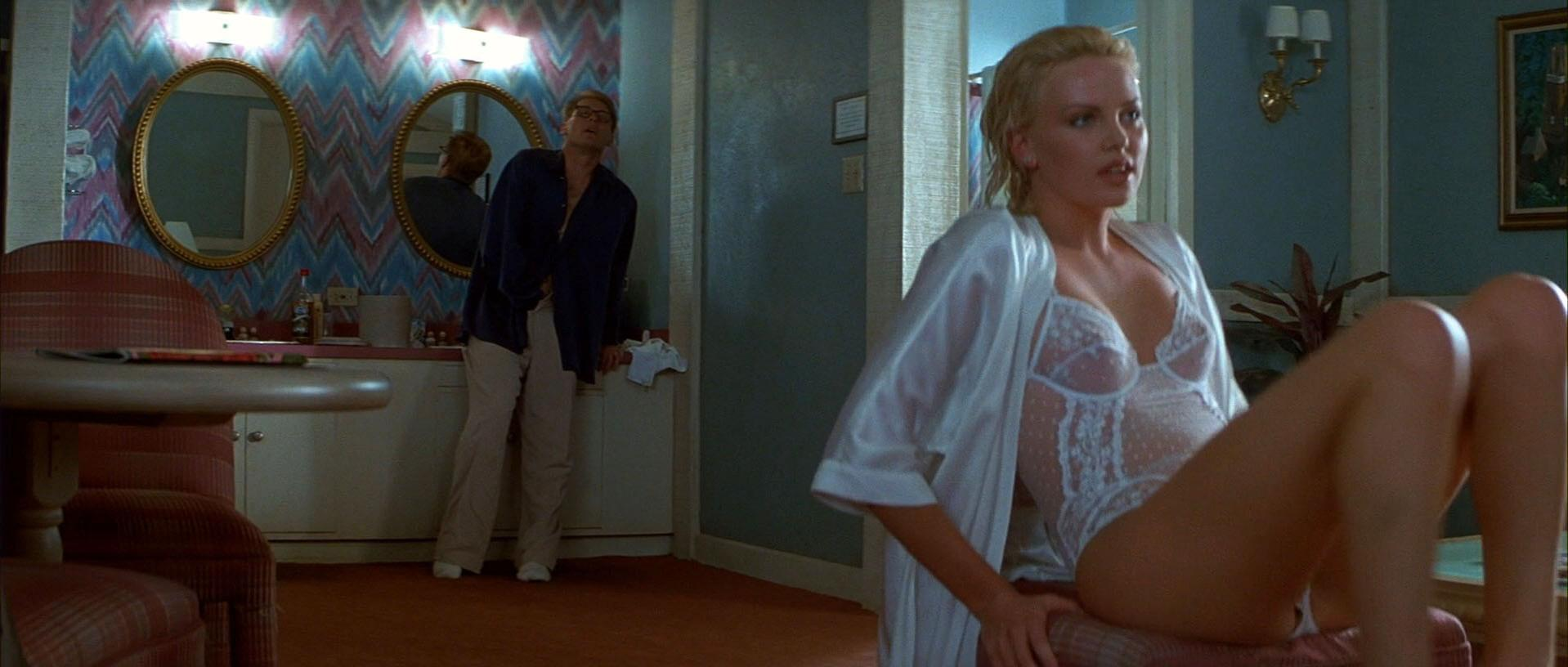 Charlize Theron nude - 2 Days In The Valley (1996)
