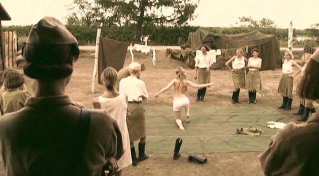Darya Charusha sexy - A zori zdes tikhie (2005)
