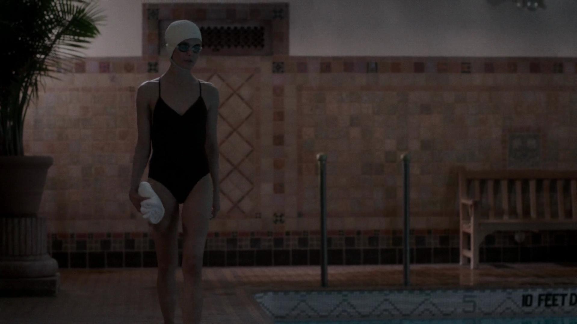 Keri Russell sexy, Gillian Alexy sexy - The Americans s02e10 (2014)