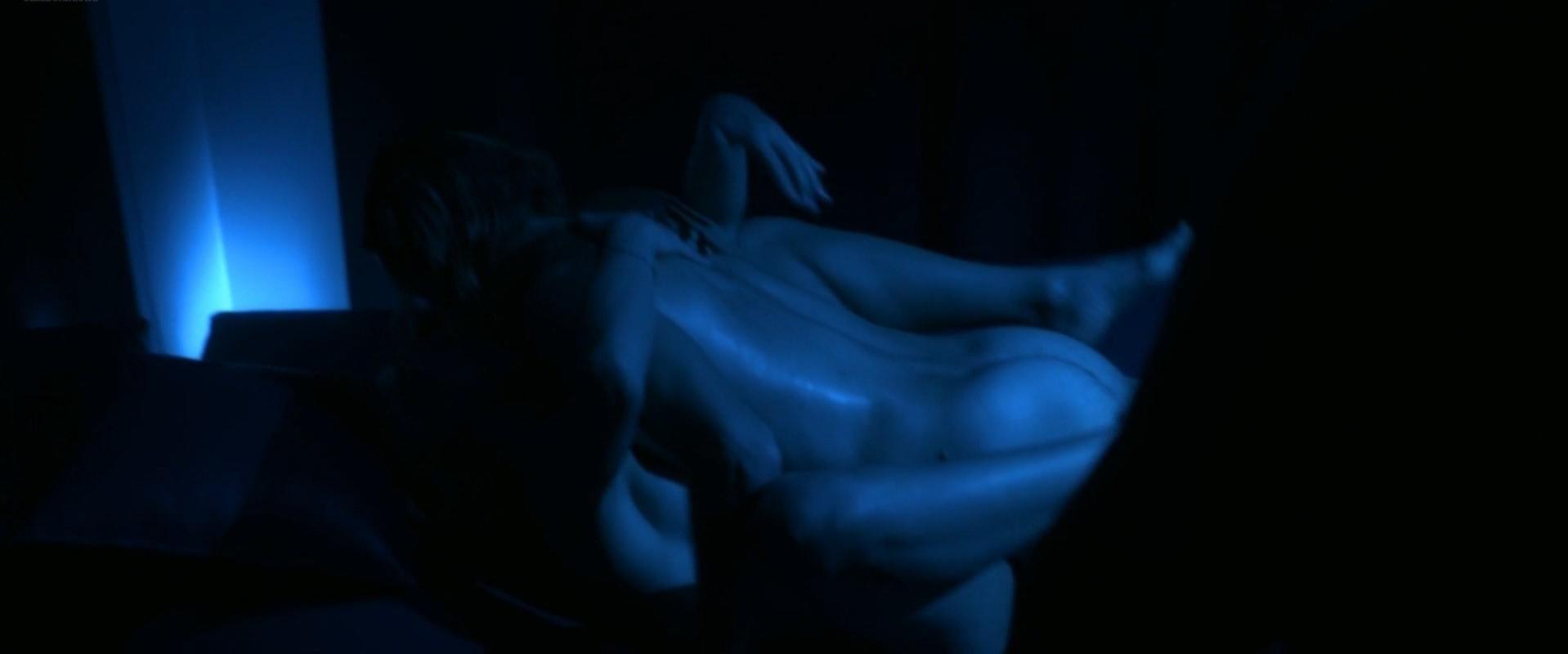 Anita Kravos nude - E la chiamano estate (2012)