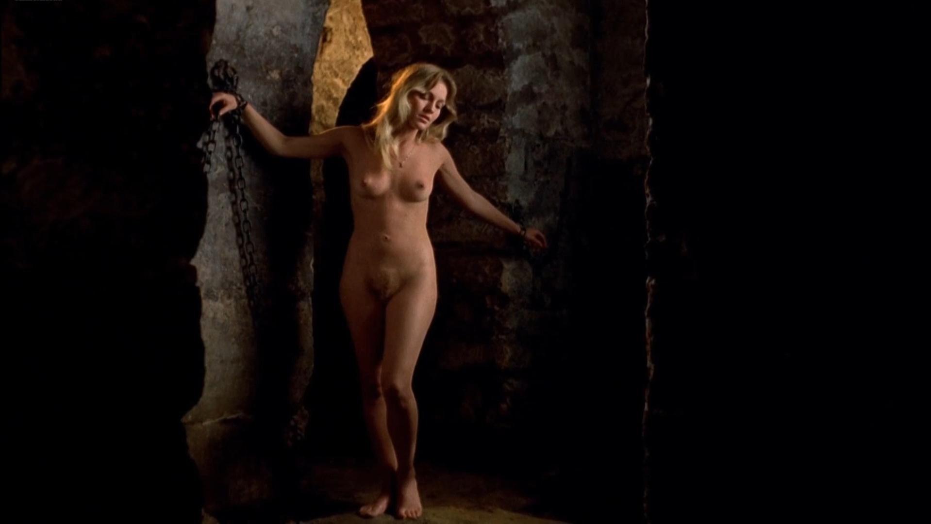Marianne Eggerickx nude, Nathalie Zeiger nude - Glissements progressifs du plaisir (1973)
