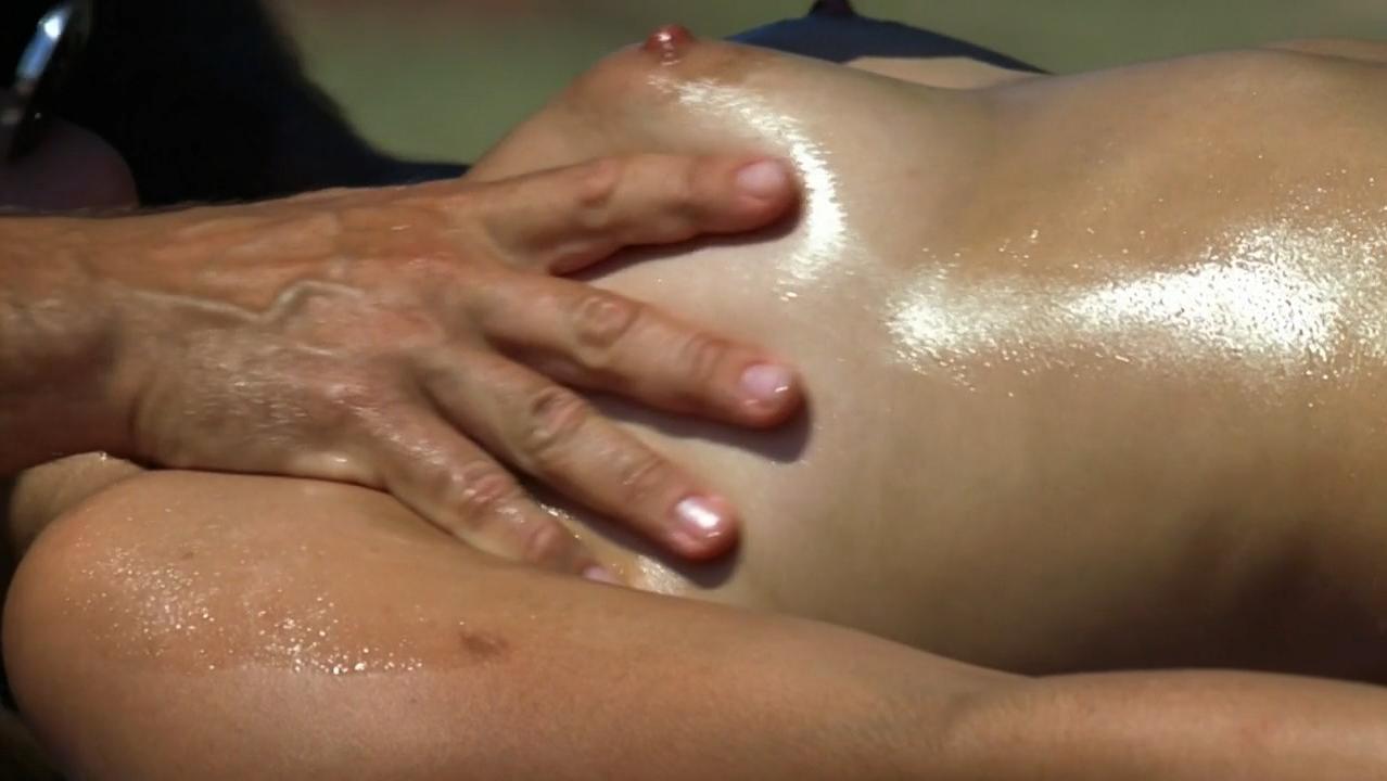 Martina Gedeck nude - Elementarteilchen (2006)