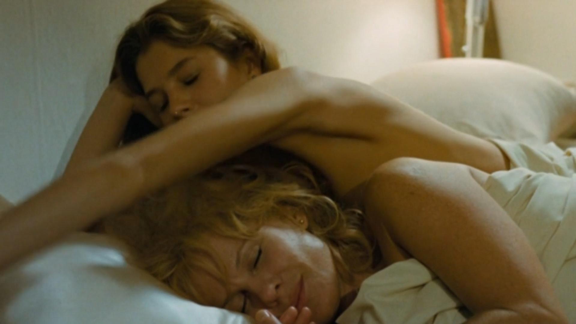 Bibi Andersson nude, Sandra Dumas nude - Twee vrouwen (1979)