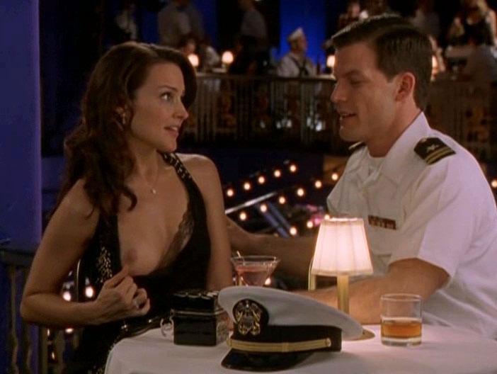 Kim Cattrall nude, Kristin Davis nude - Sex and the City s05e01 (2002)