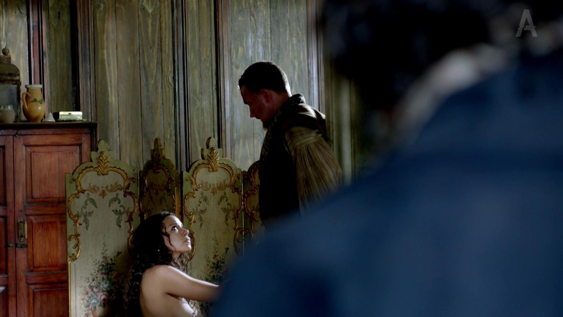 Jessica Parker Kennedy nude, Hannah New nude - Black Sails s01e02 (2014)