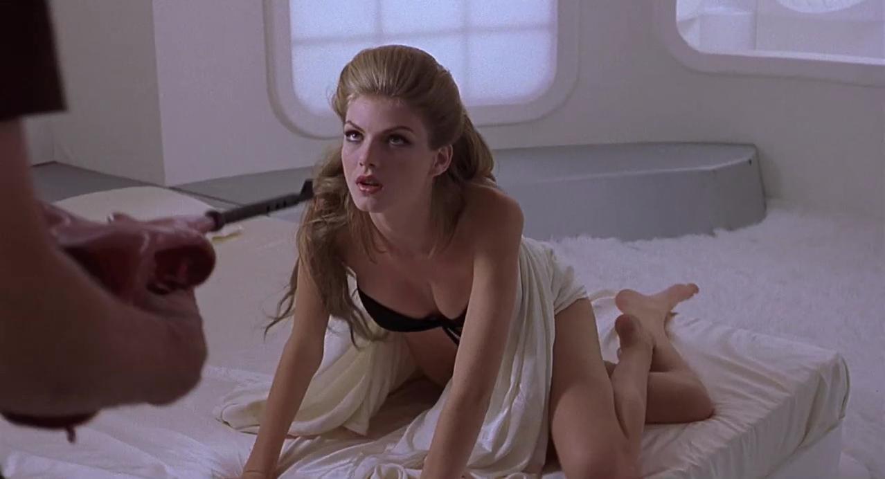 Elodie Bouchez nude, Angela Lindvall sexy - CQ (2001)