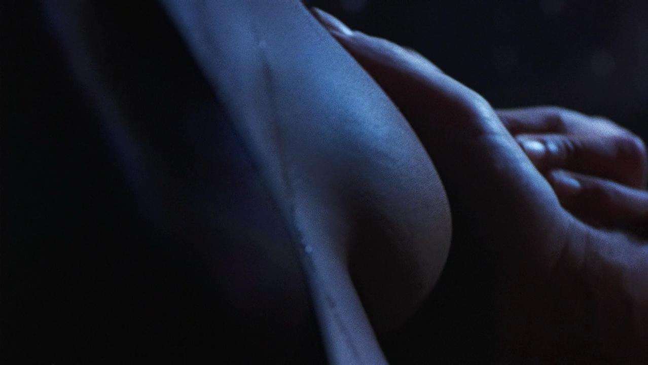 Rae Dawn Chong nude - Tales From the Darkside (1990)