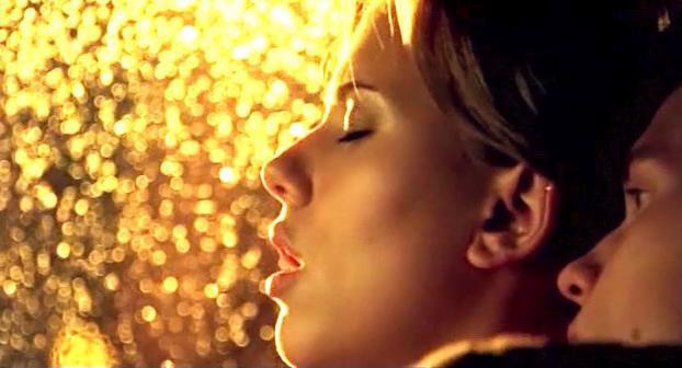 Scarlett Johansson sexy - A Love Song for Bobby Long (2004)