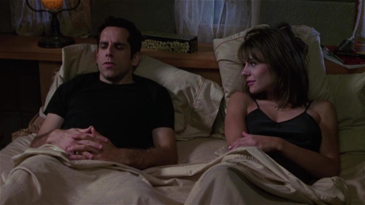 Elizabeth Hurley sexy - Permanent Midnight (1998)
