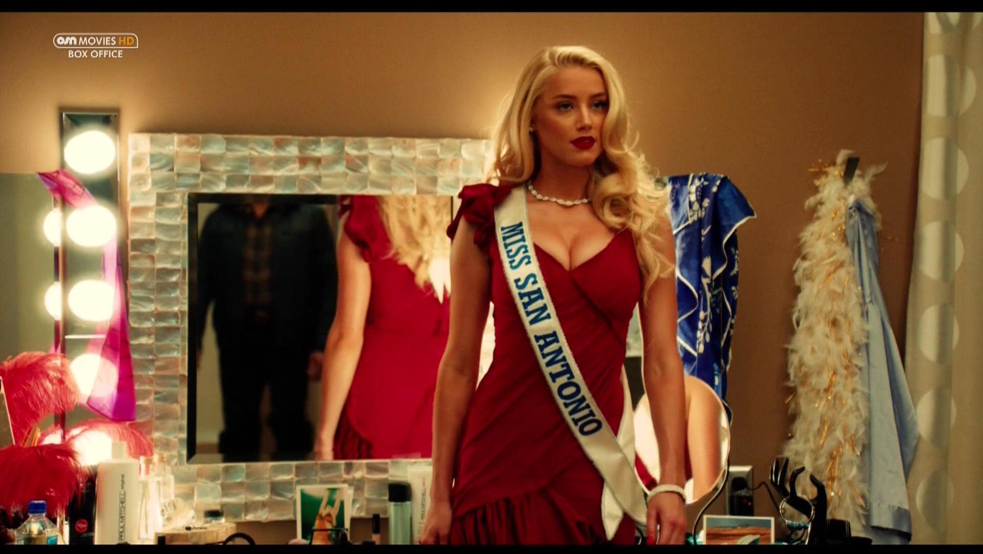 Amber Heard sexy - Machete Kills (2013)