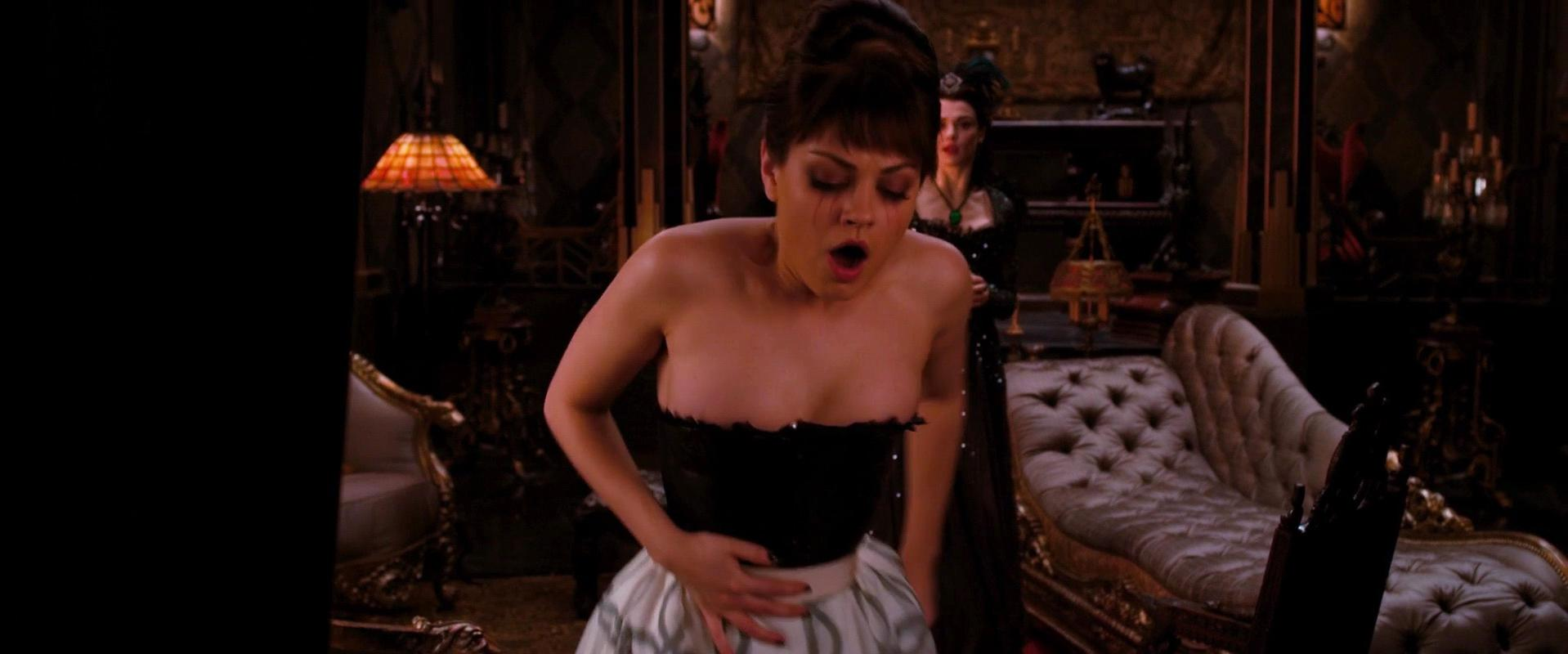 Mila Kunis sexy - Oz the Great and Powerful (2013)