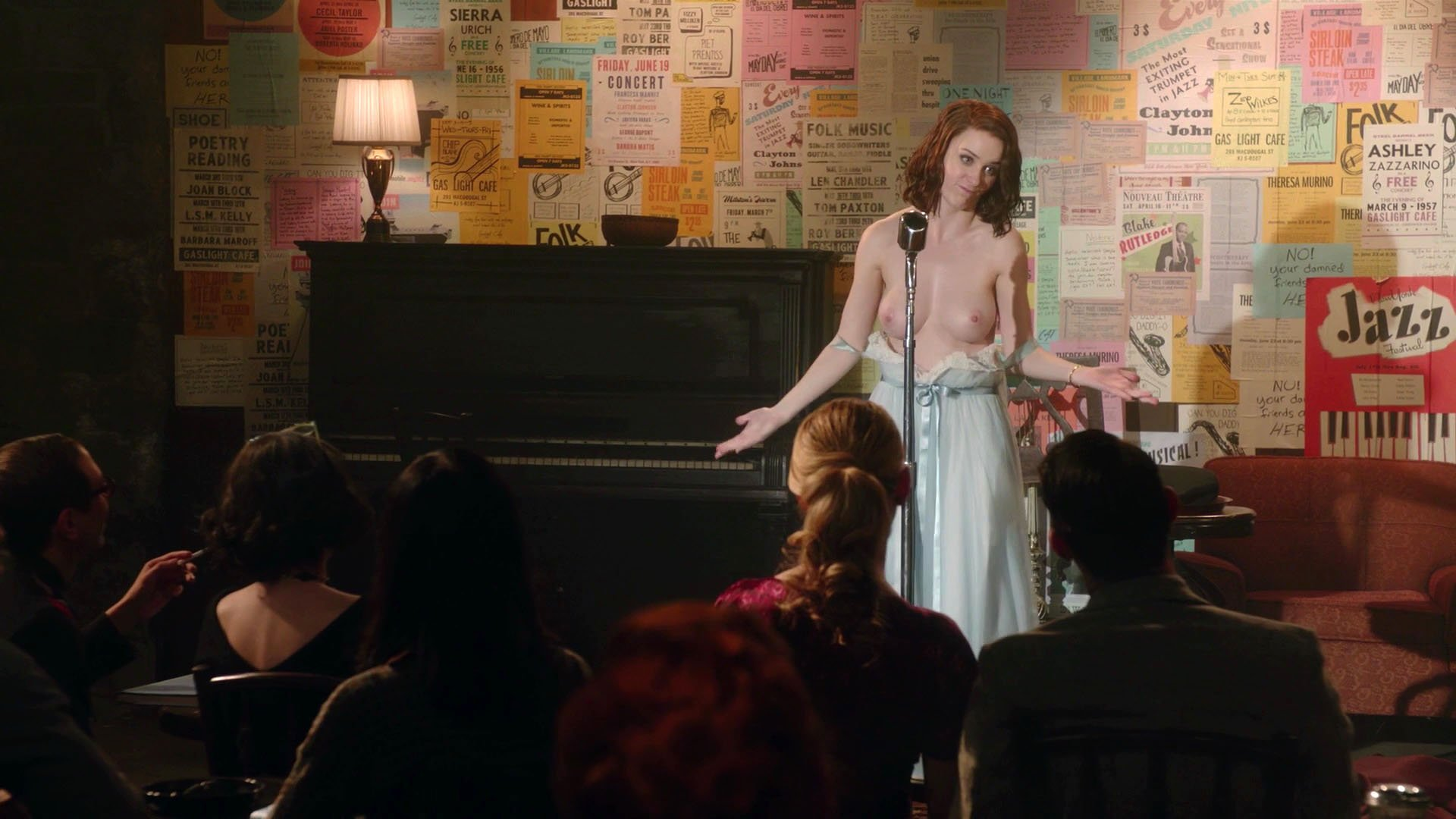 Rachel Brosnahan nude - The Marvelous Mrs. Maisel s01e01 (2017)