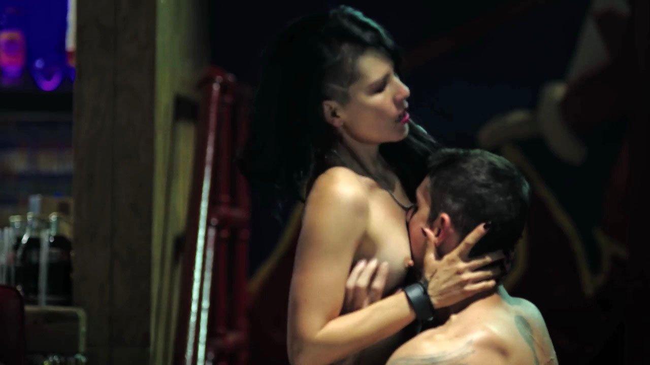 Tamara Mazarrasa nude - Ingobernable s01e02 (2017)