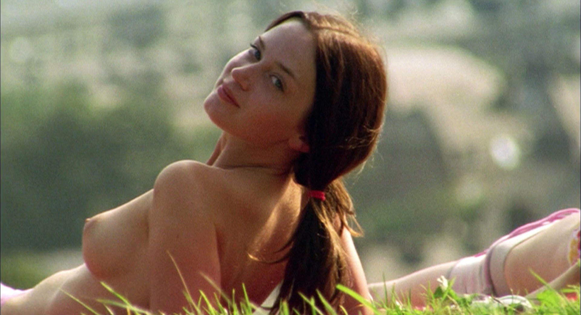 Emily Blunt nude, Natalie Press nude - My Summer of Love (2004)