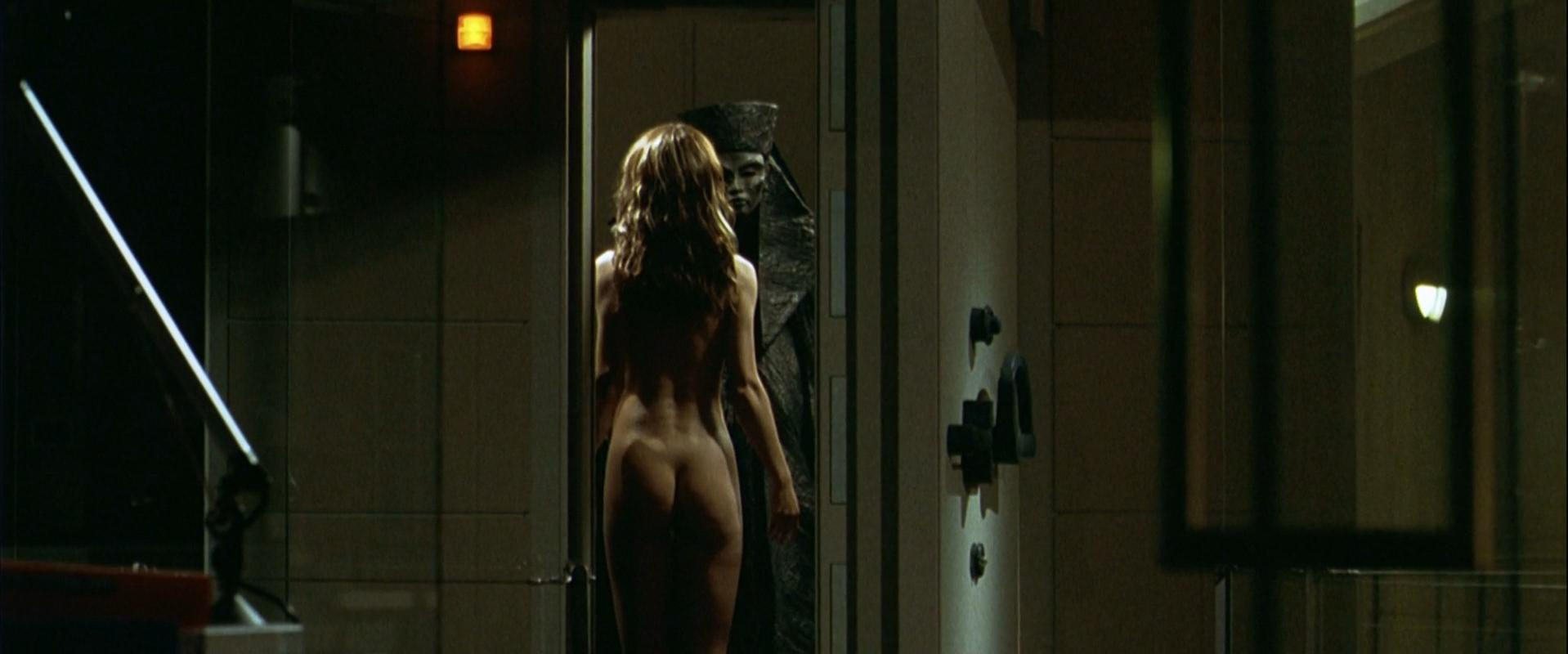 Sophie Marceau nude - Belphegor Phantom of the Louvre (2001)