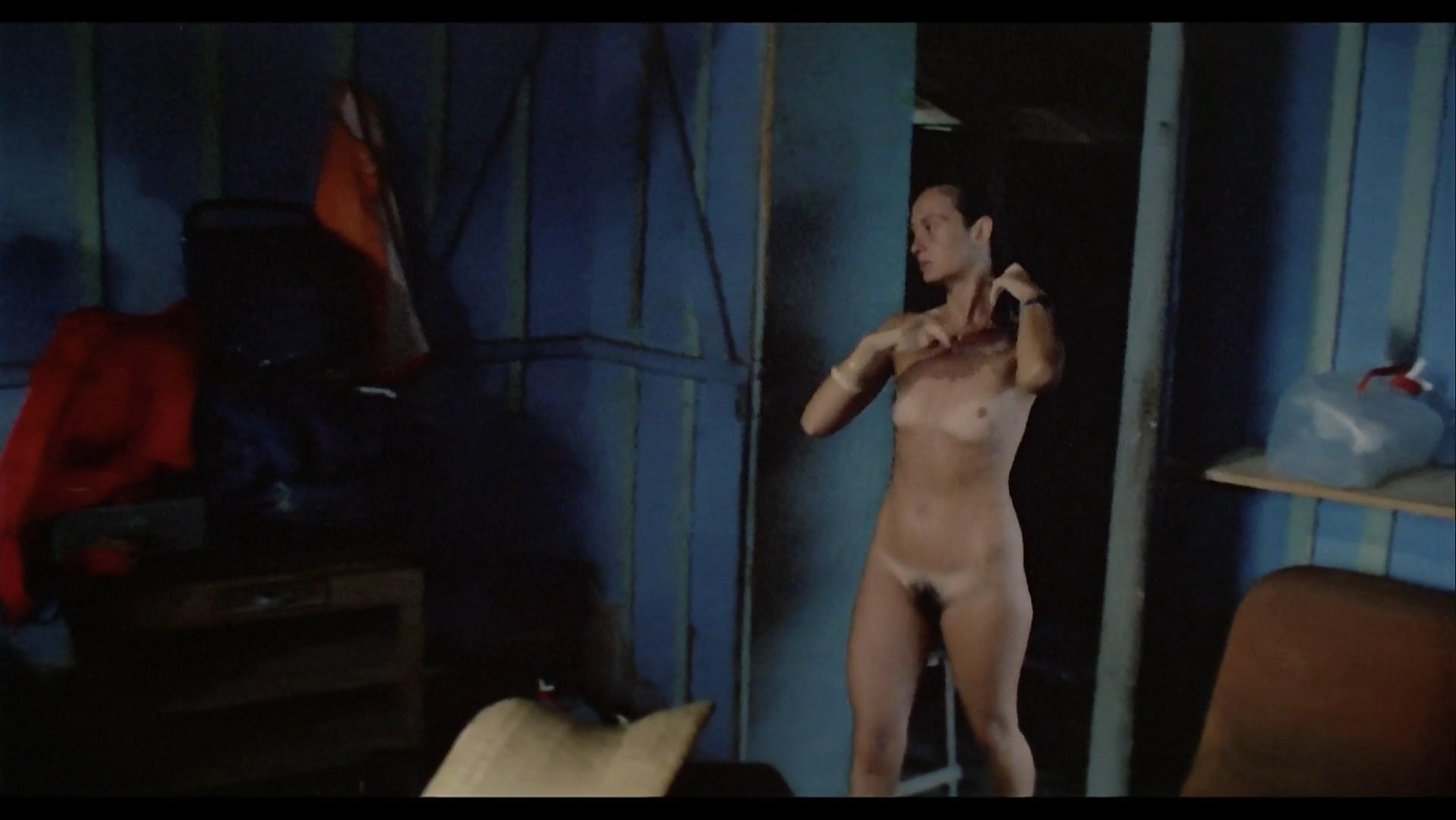 Francesca Ciardi nude - Cannibal Holocaust (1980)