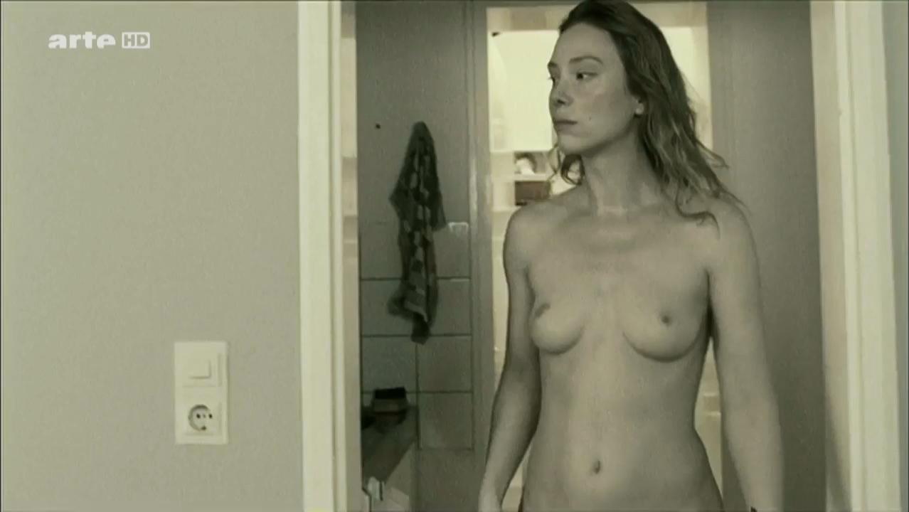 Franziska Petri nude - Schattenwelt (2008)