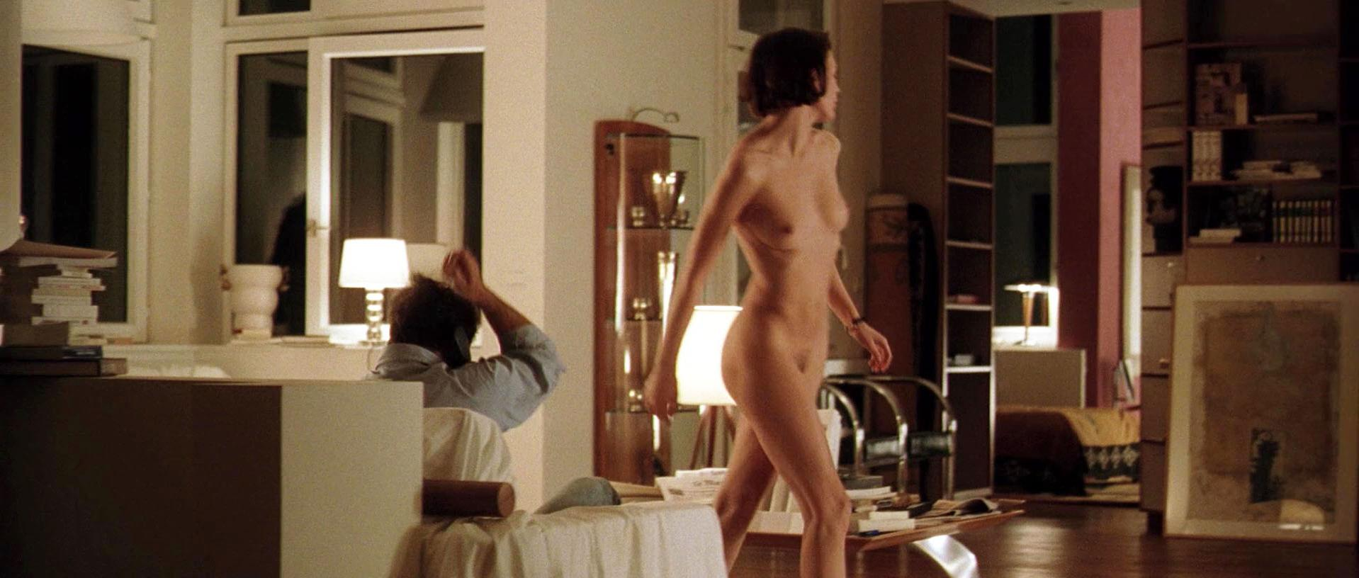 Sophie Aubry nude - Keep It Quiet (1999)