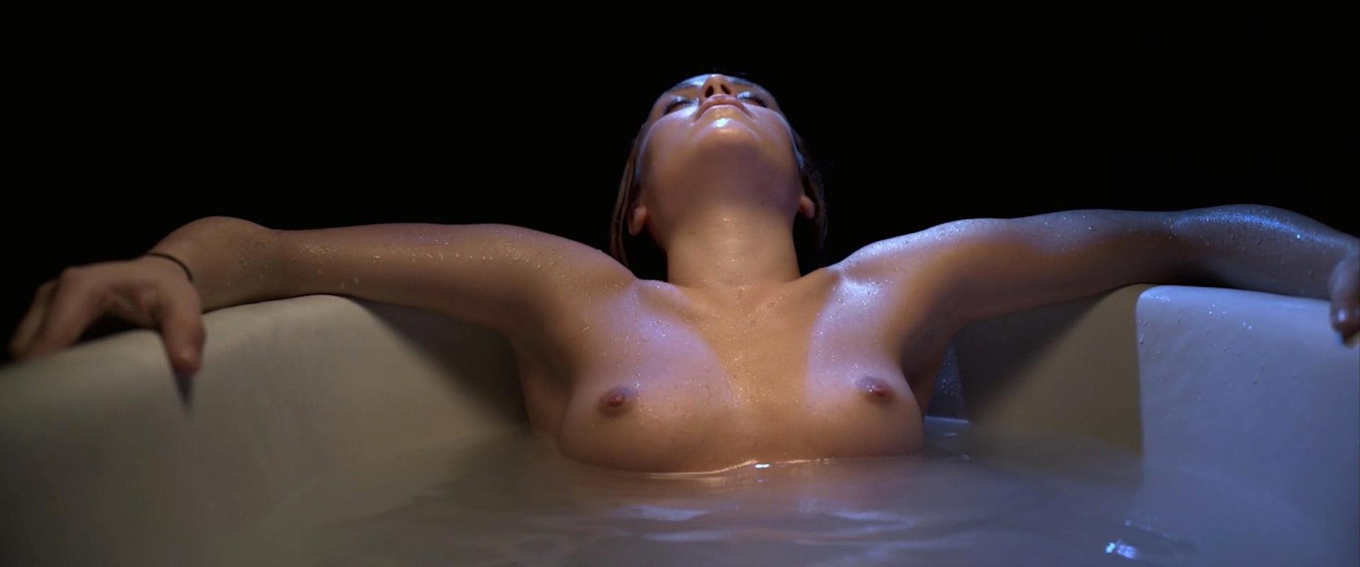 Lilly-Fleur Pointeaux nude, Gala Besson nude - Horsehead (2014)