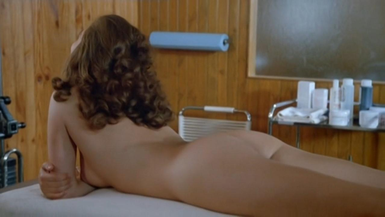 Christine Pascal nude, Beatrice Camurat nude - Train d'enfer (1985)