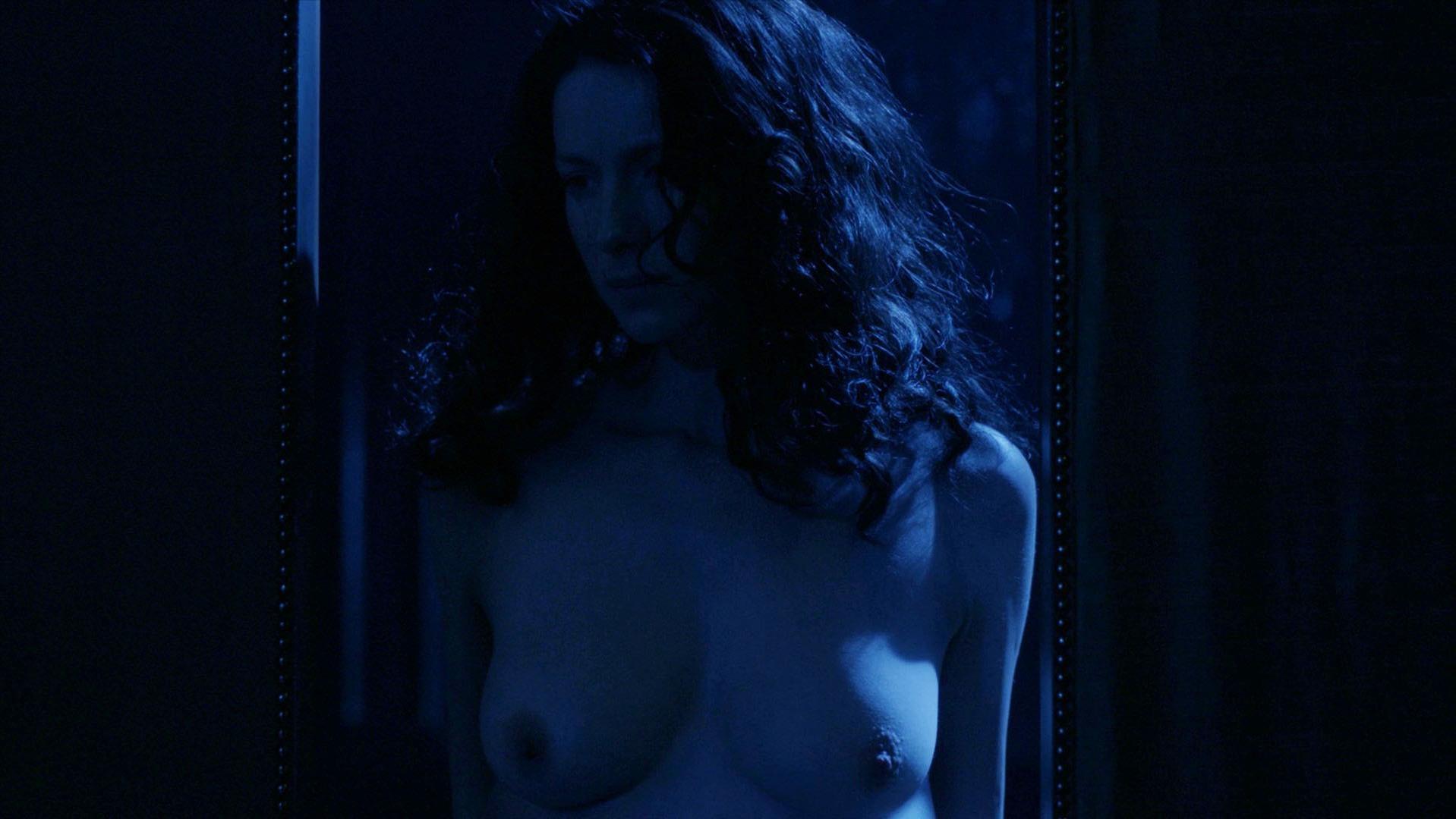 Caitriona Balfe nude - Outlander s02e04 (2016)