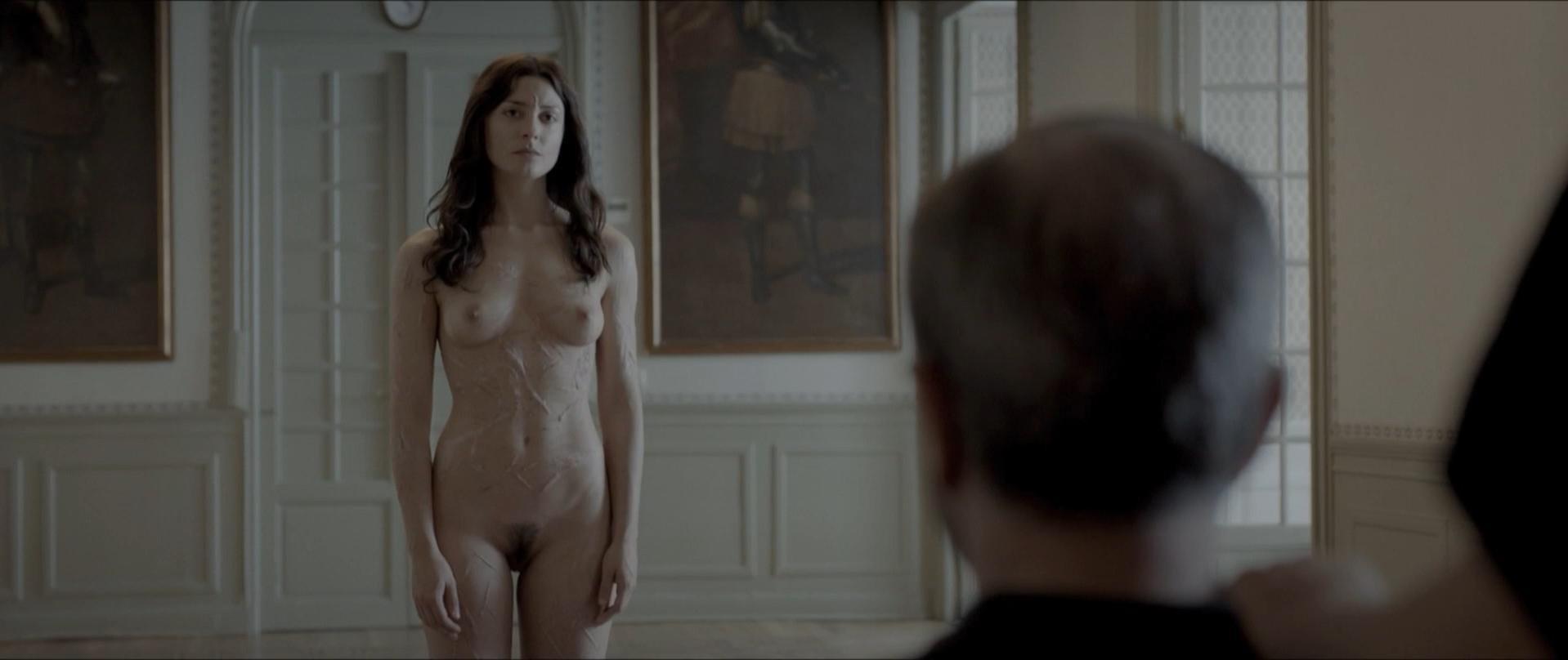 stars Girl nude movie