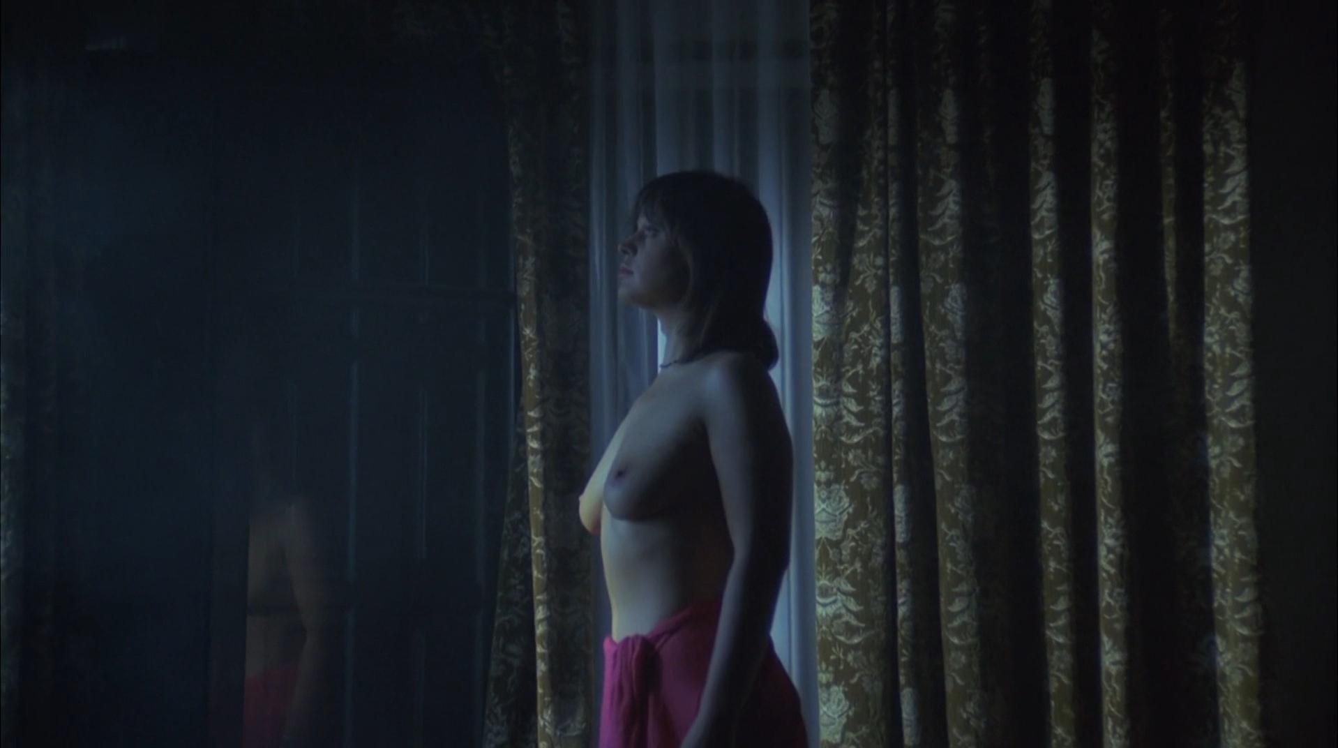 Nadja Gerganoff nude, Ann-Beate Engelke nude - Bloody Moon (1981)