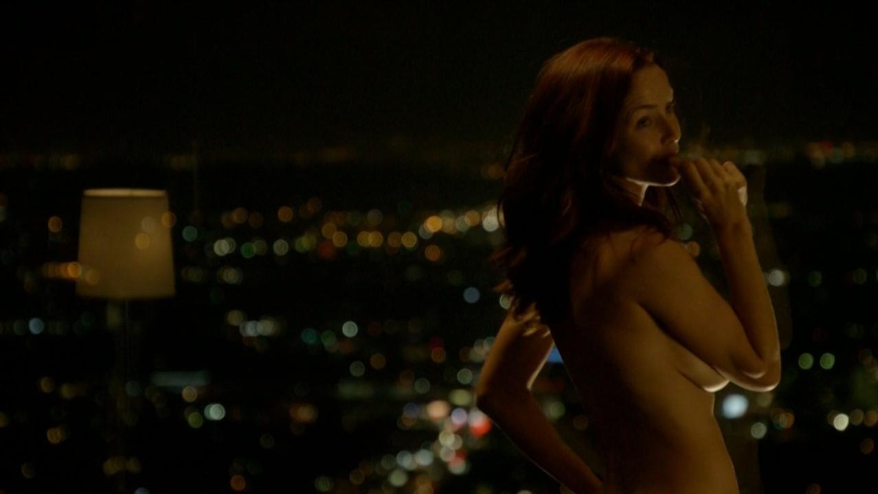 Annie Wersching nude - Bosch s01e02 (2014)
