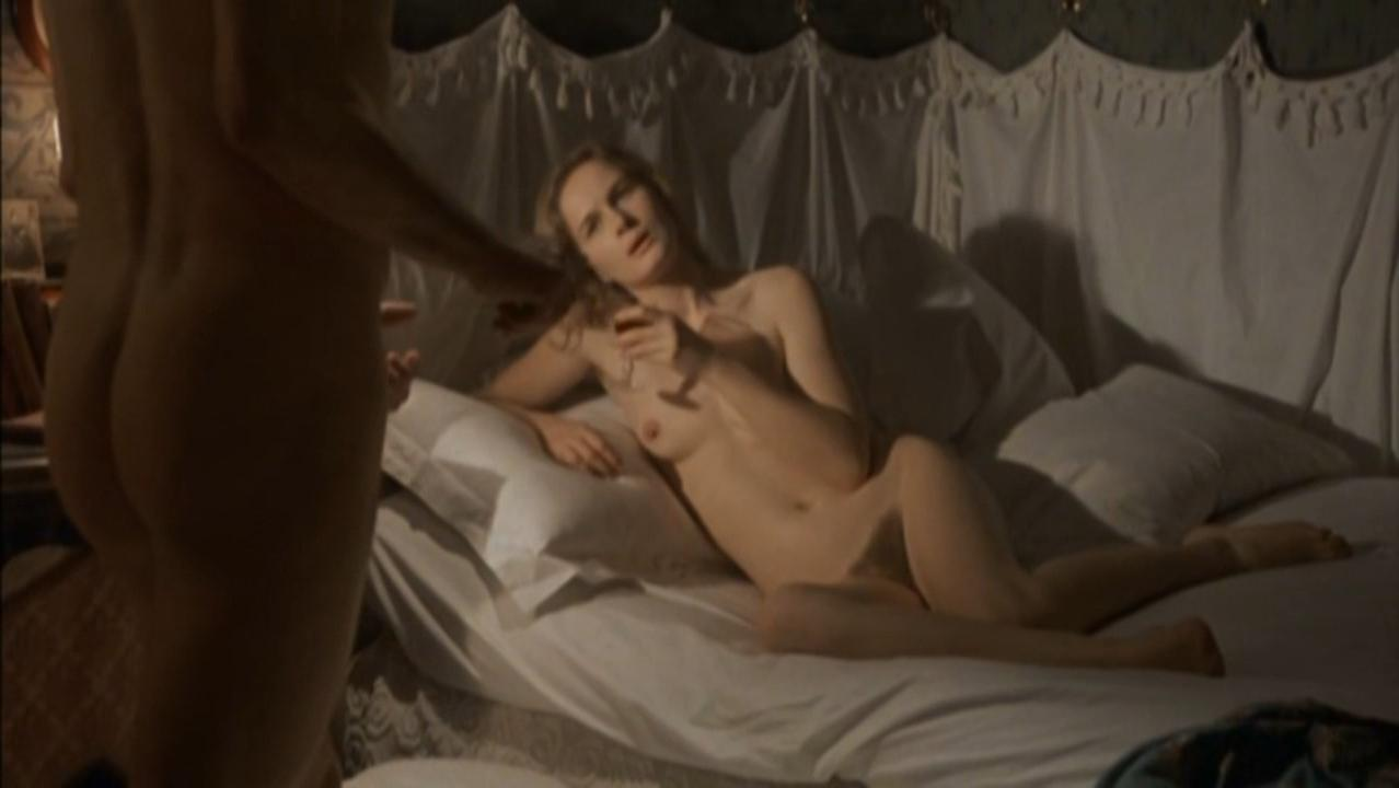 Dominique Sanda nude, Nicoletta Machiavelli nude, Ritza Brown nude - Al di la del bene e del male (1977)