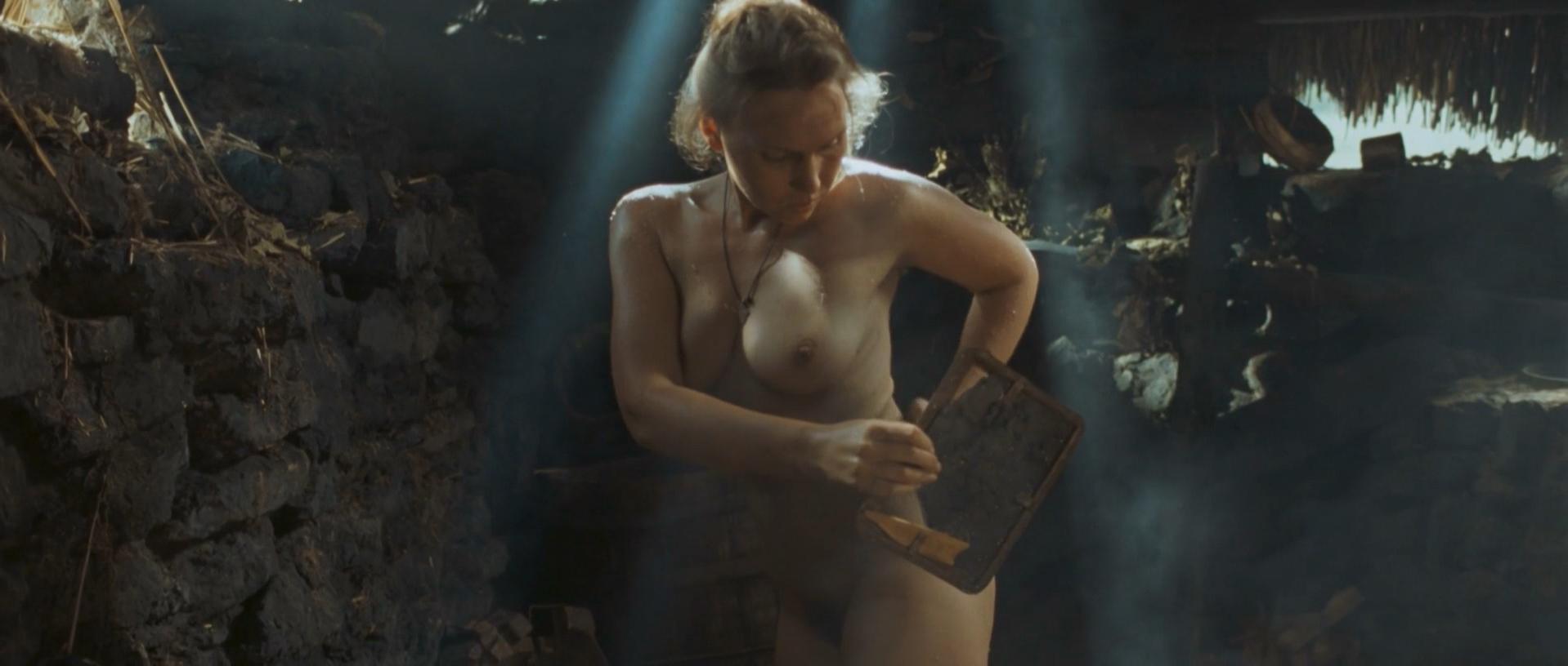 Darya Ekamasova nude - Zhila bila odna baba (2011)