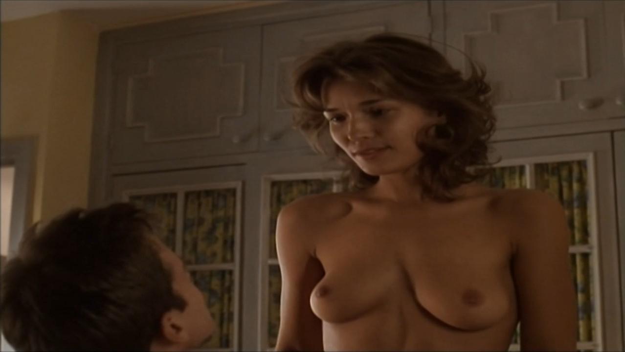 Nude Simone Lahbib Nude Pic