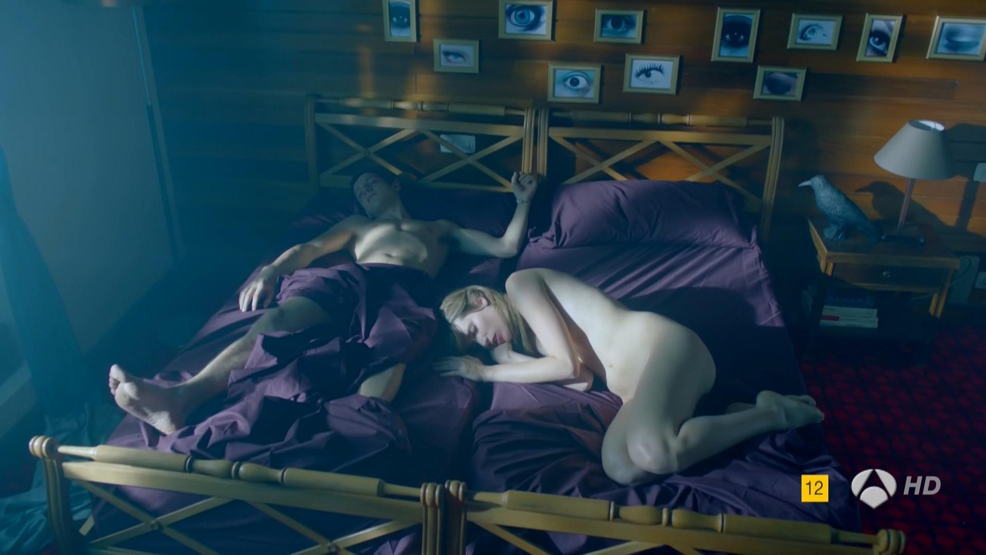 Aitana Hercal nude - Cuentame un cuento s01e04 (2014)