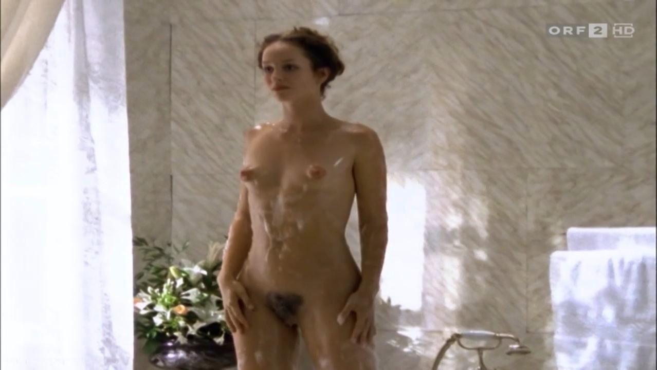 Lara roxx fotos de desnudos frontales completos