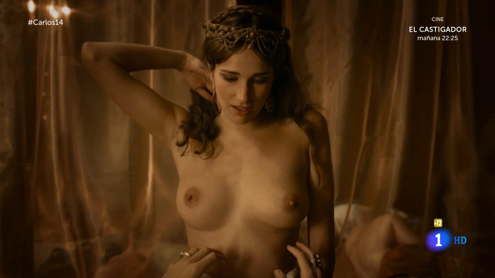 Ariana Martinez nude - Carlos, Rey Emperador s01e14 (2016)