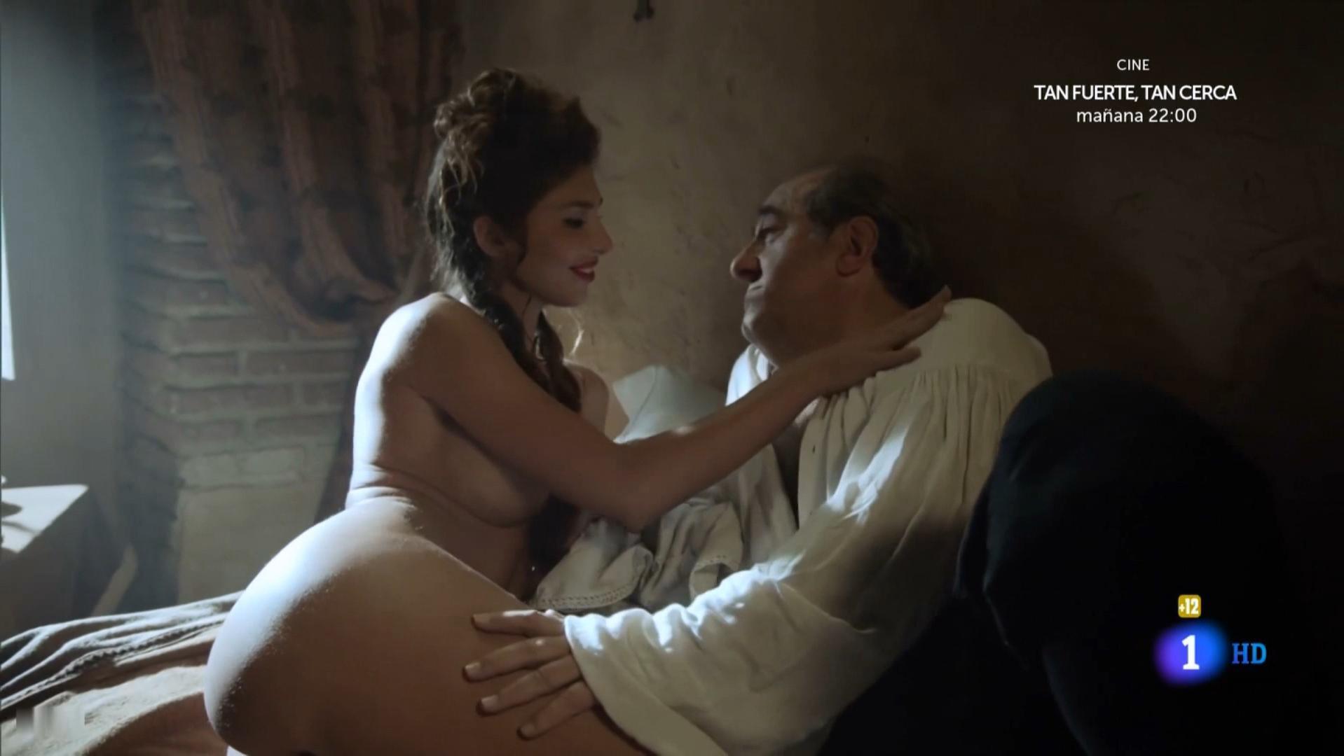 Miryam Gallego nude - Aguila Roja s08e01 (2015)