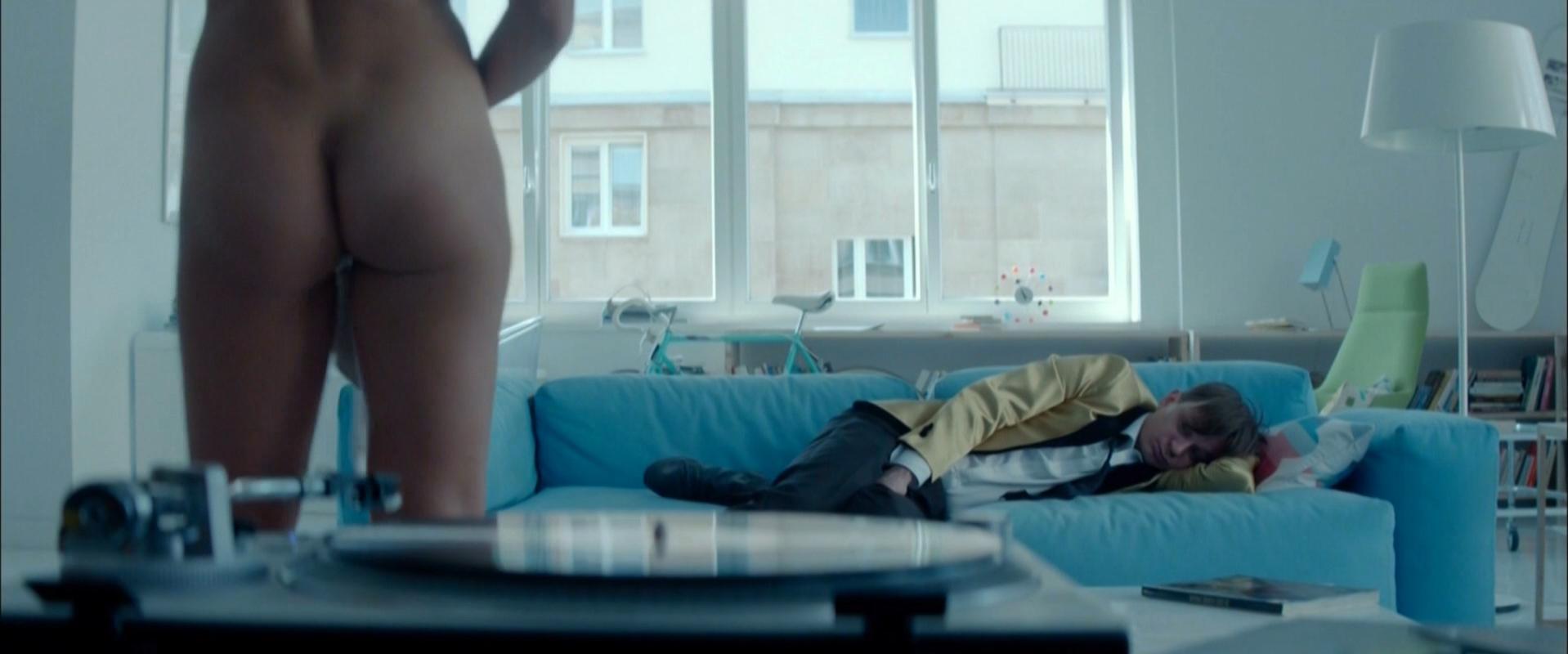 Aleksandra Wojtysiak nude - Cale mnostwo milosci (2014)