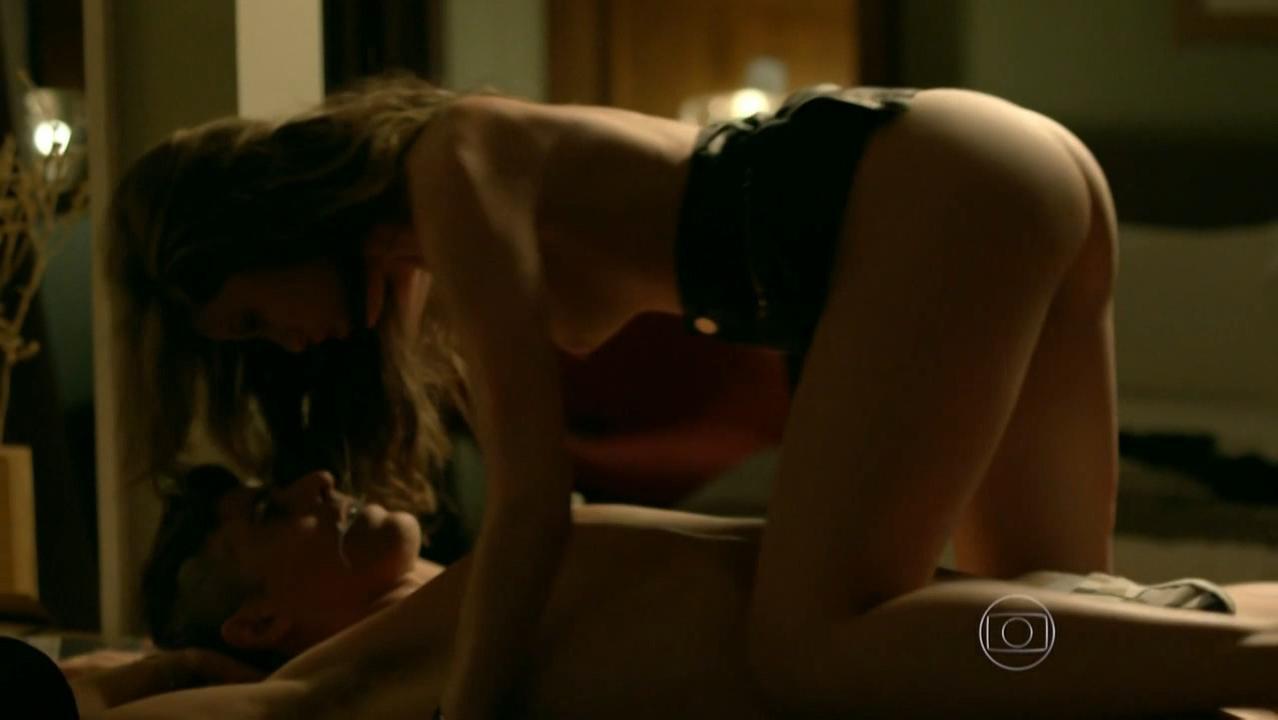 Agatha Moreira nude - Verdades Secretas s01e18 (2015)