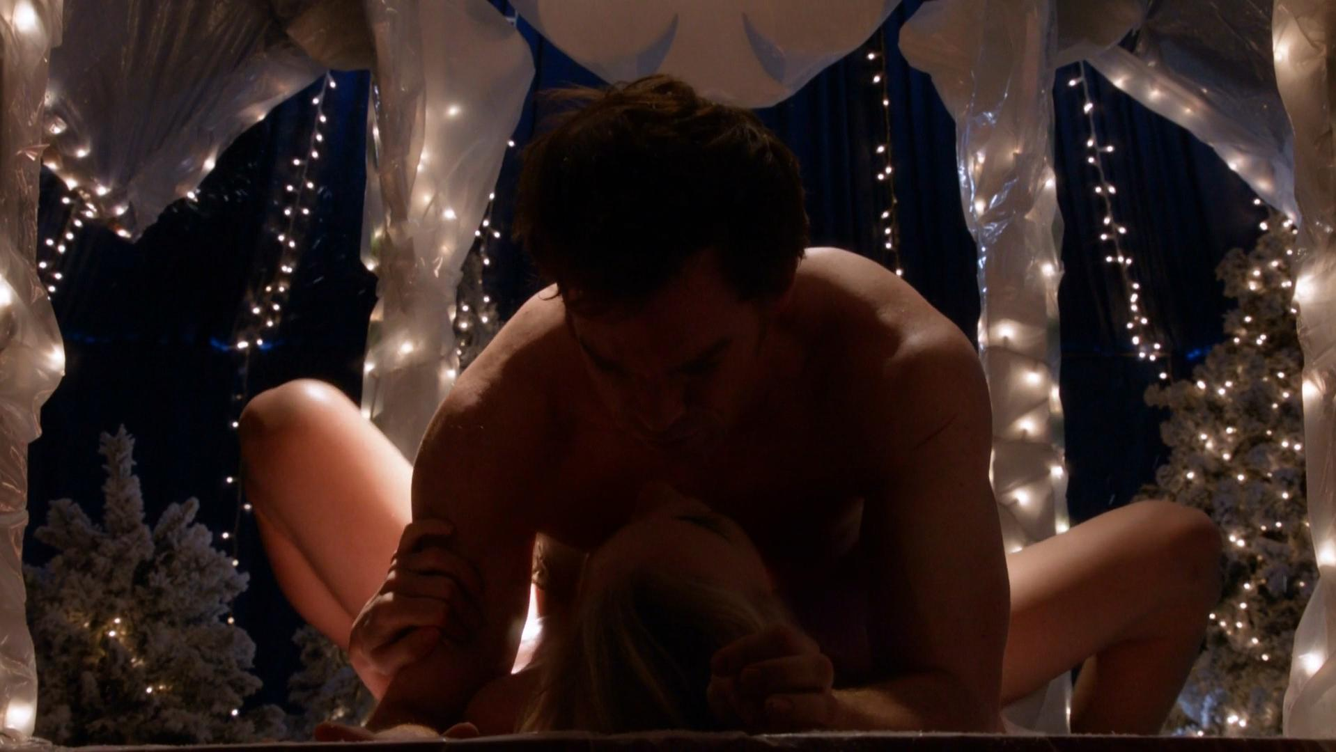 Yvonne Strahovski nude - Dexter s07e06-07 (2012)