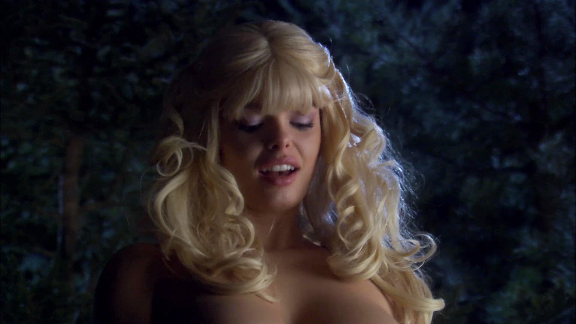 Jessica Parker Kennedy nude, Natalie McFetridge nude - Decoys 2 (2007)