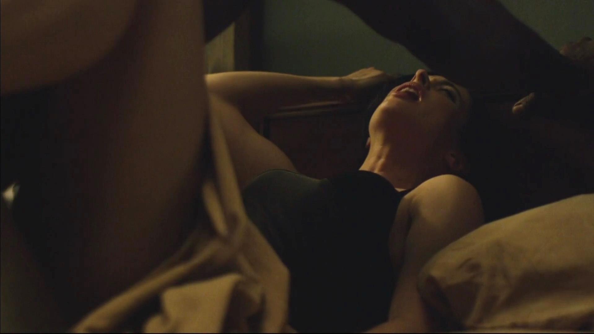 krysten ritter nude scene