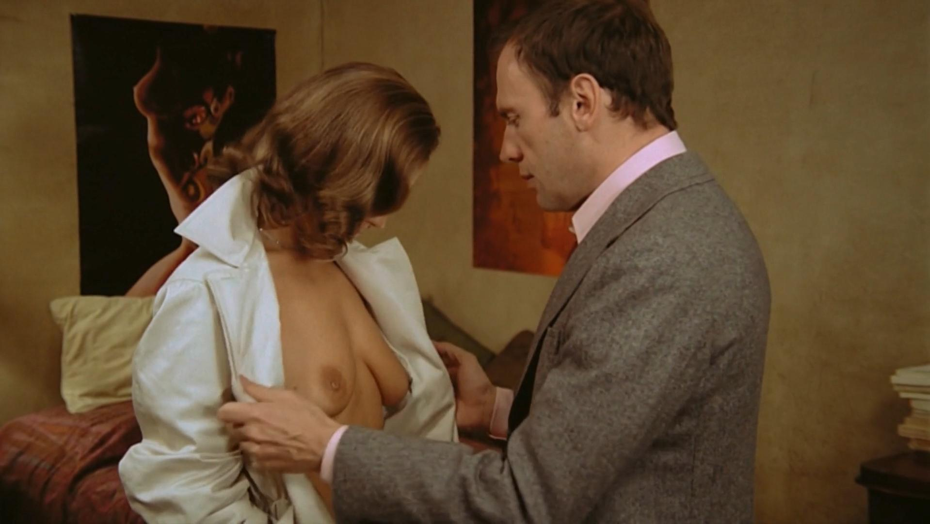 Romy Schneider nude, Christine Boisson nude, Betty Berr nude - Le Mouton Enrage (1974)