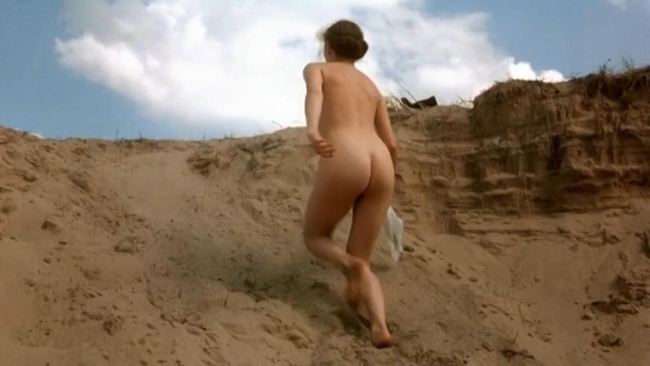 Attractive Amanda Peet Nude Photos Scenes